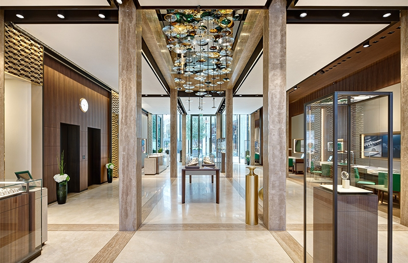 迪拜购物中心手表商城定制灯饰工程