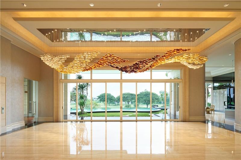 酒店大堂吊灯怎样选择才能增强酒店设计感